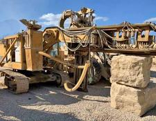 Caterpillar drilling rig 225B
